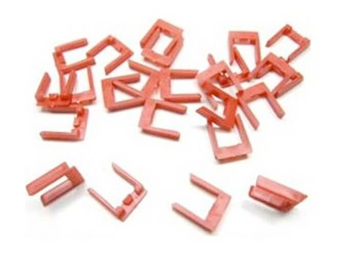 85204 Carrera U-Shaped Track Connection Clips, 24 pcs.