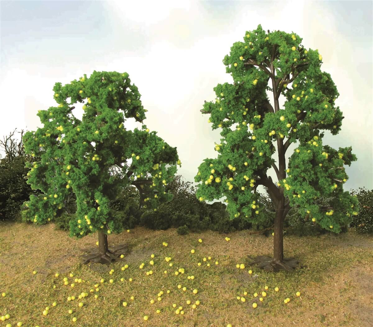 "JTT 92127 Lemon Tree Grove O-Scale 4.5"" - 5"", 2/pk"