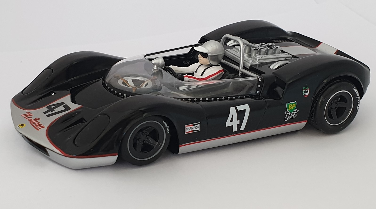CA00401S/W Thunder Slot Mclaren ELVA MKI Can-Am, No.47