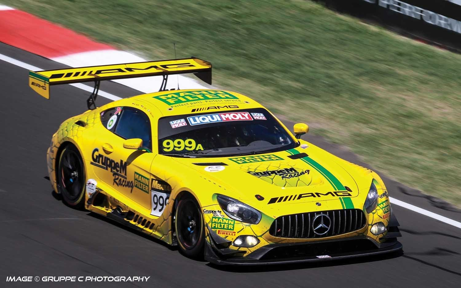 C4075 Scalextric Mercedes AMG GT3, Bathurst 12H 2019 Gruppe M