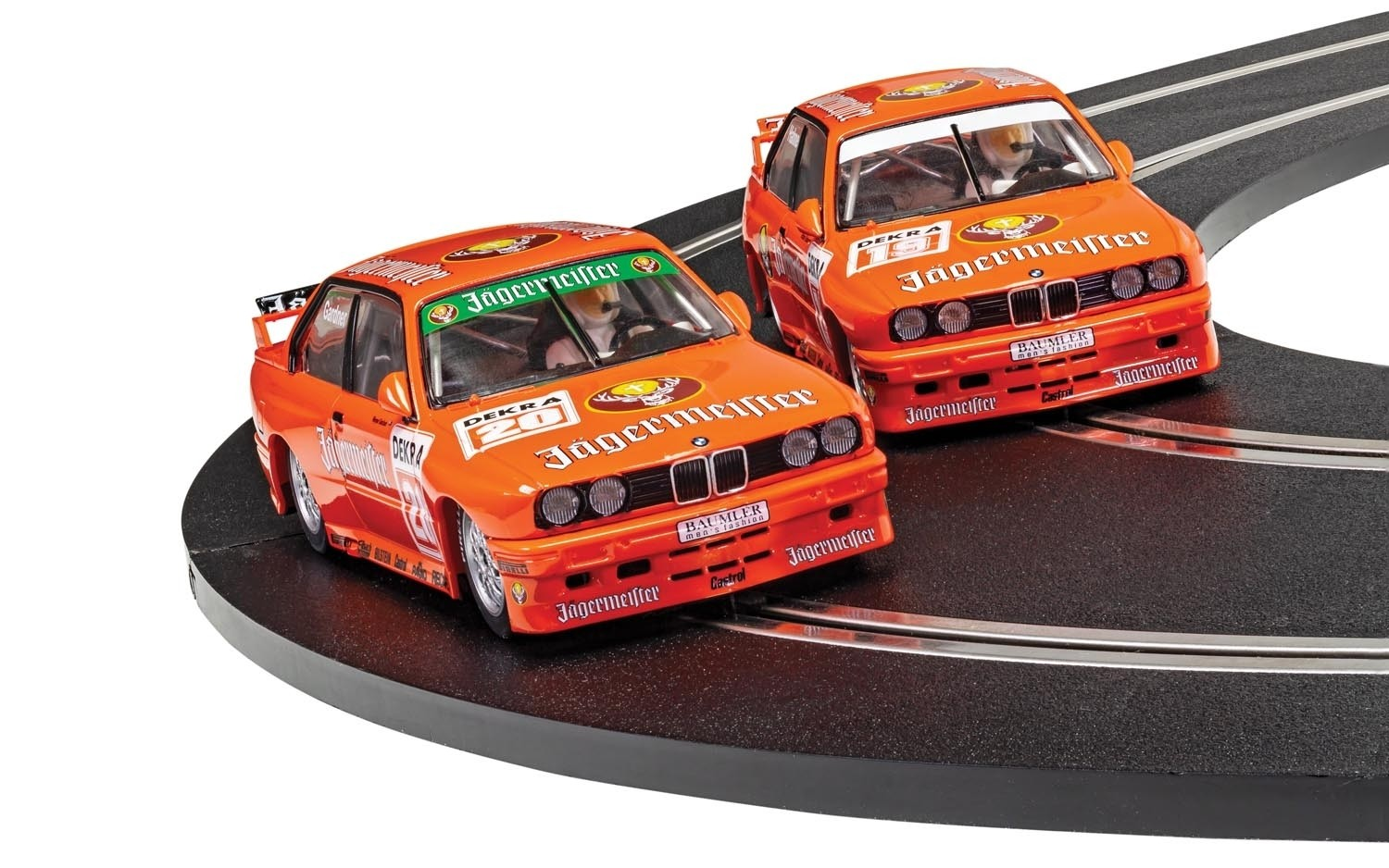 C4110A Scalextric BMW E30 M3, Team Jägermeister Twin Pack Ltd.Ed